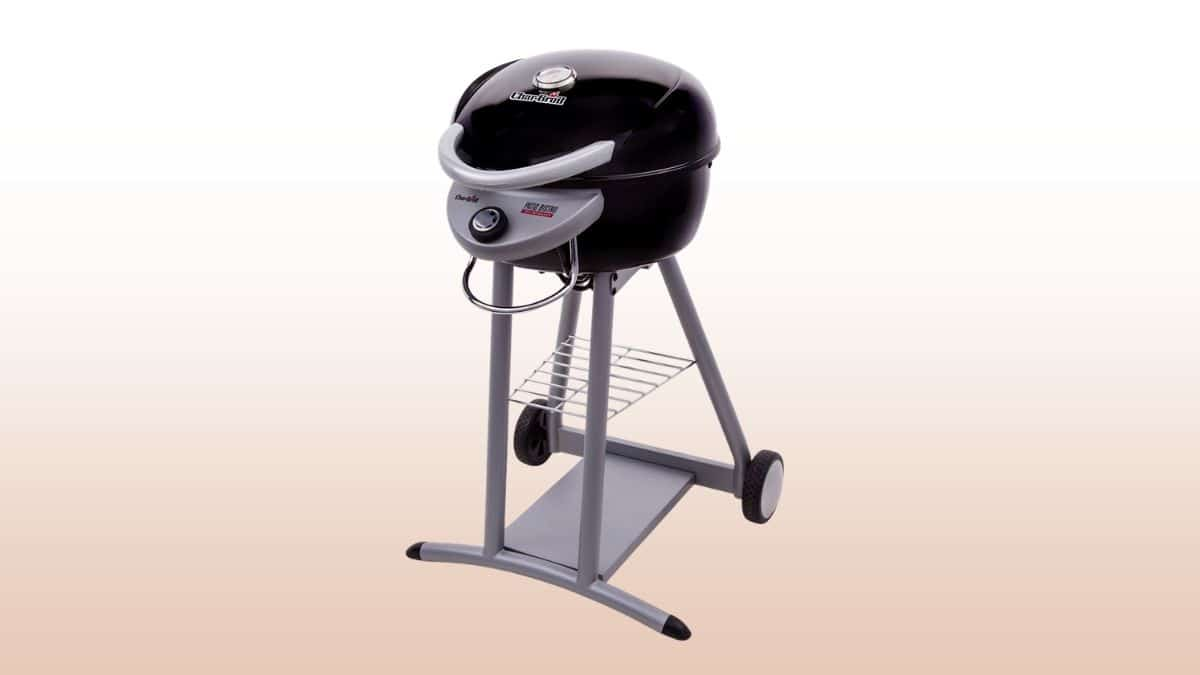 char-broil patio bistro isolated